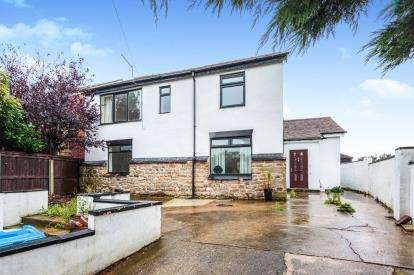 6 Bedrooms Detached House for sale in Chain Lane, Staining, Blackpool, Lancashire, FY3