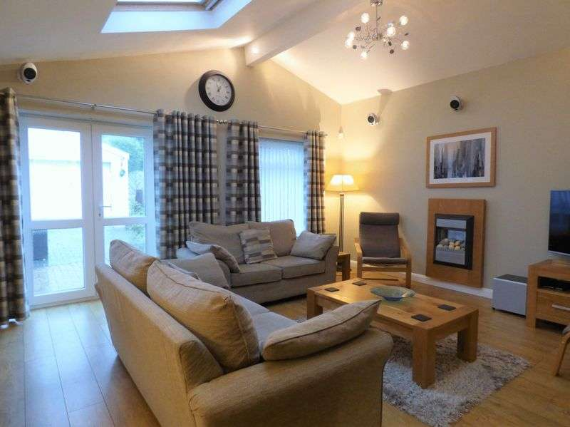 4 Bedrooms Property for sale in Hexham Road, Morecambe