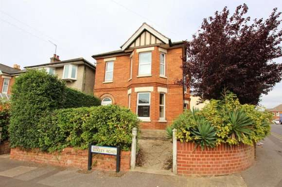 6 Bedrooms Property for rent in Sedgley Road, Bournemouth