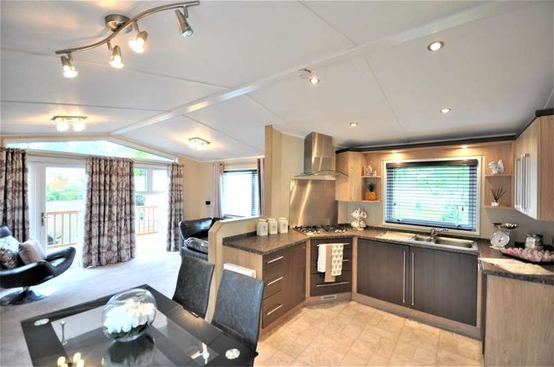 2 Bedrooms Mobile Home for sale in Troutbeck , Wrea Green