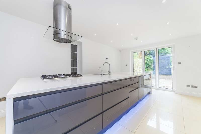 5 Bedrooms Semi Detached House for sale in Station Road, New Barnet, Barnet EN5