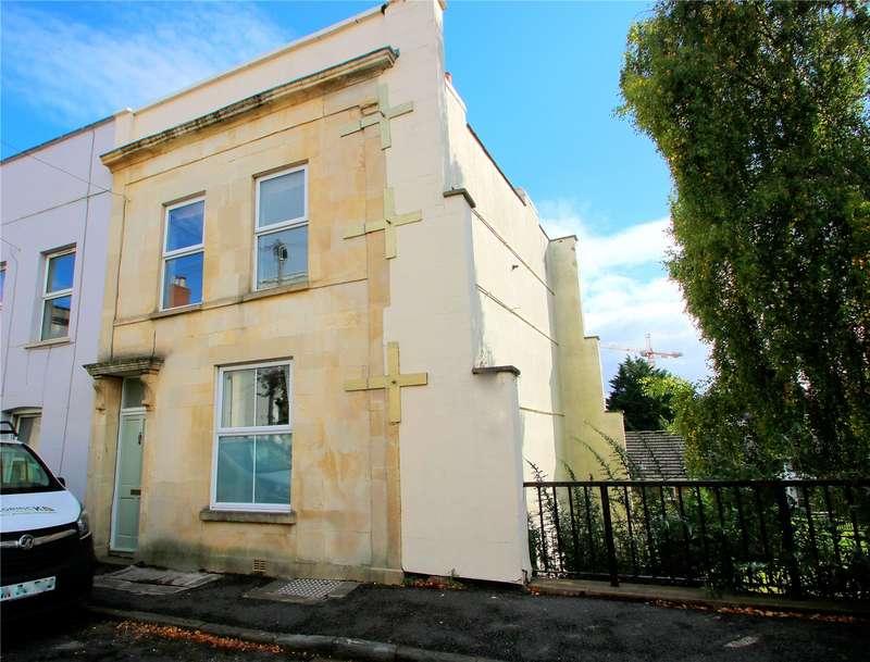3 Bedrooms Property for sale in Alpha Road, Southville, Bristol BS3