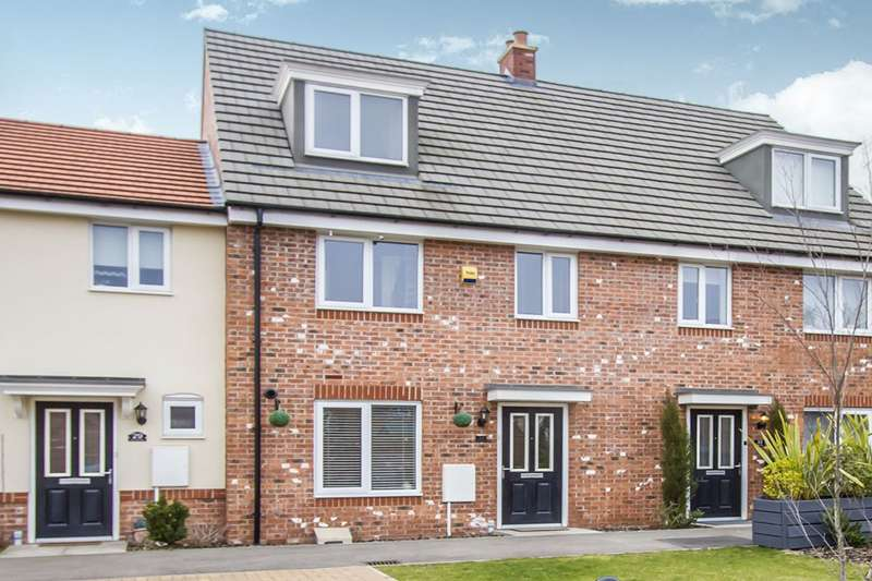3 Bedrooms House for sale in Sansome Drive, Hinckley, Leicestershire, LE10