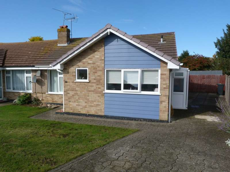 2 Bedrooms Semi Detached Bungalow for sale in Grenville Way, Broadstairs, CT10
