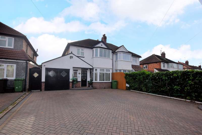 3 Bedrooms Semi Detached House for sale in Haslucks Green Road, Shirley, Solihull, B90 2EF