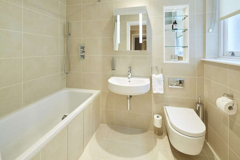 2 Bedrooms Apartment Flat for rent in Bow Lane, London, EC4M