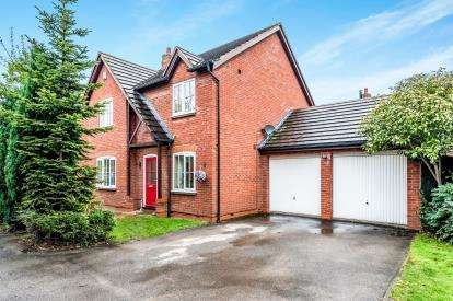 4 Bedrooms Detached House for sale in Alexandra Drive, Yoxall, Burton-On-Trent, Staffordshire