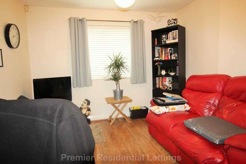 2 Bedrooms Apartment Flat for rent in Newbridge Close, Radcliffe