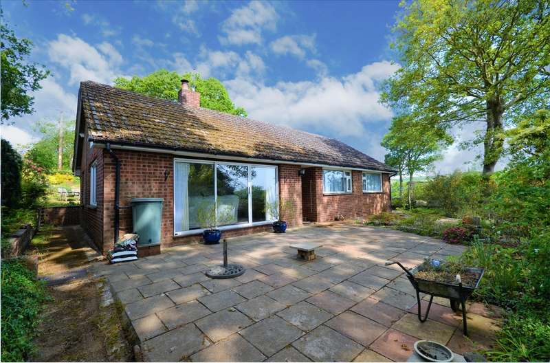3 Bedrooms Chalet House for sale in Alverstone Garden Village, Isle Of Wight