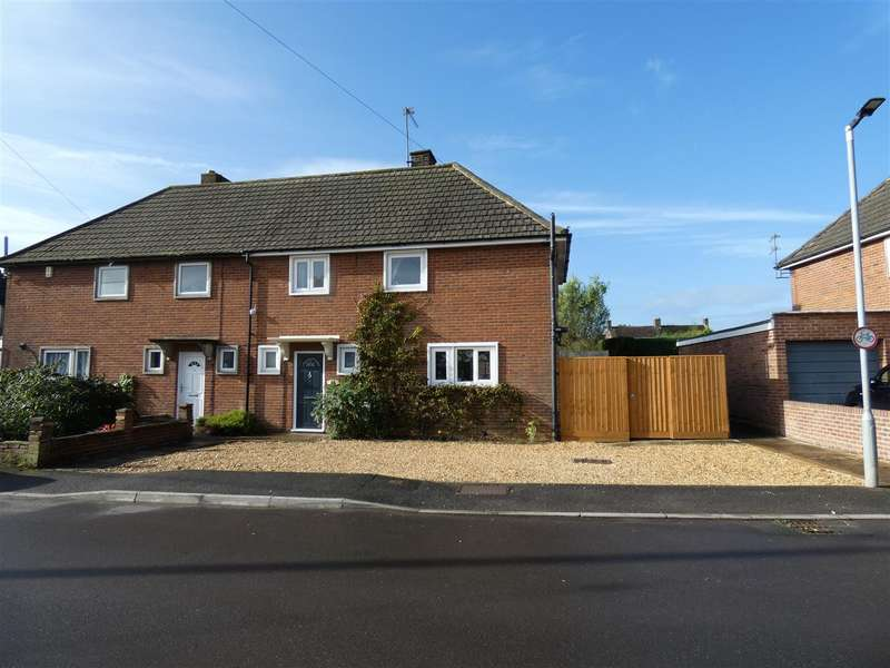 3 Bedrooms Semi Detached House for sale in Highfield, Bromham, Chippenham