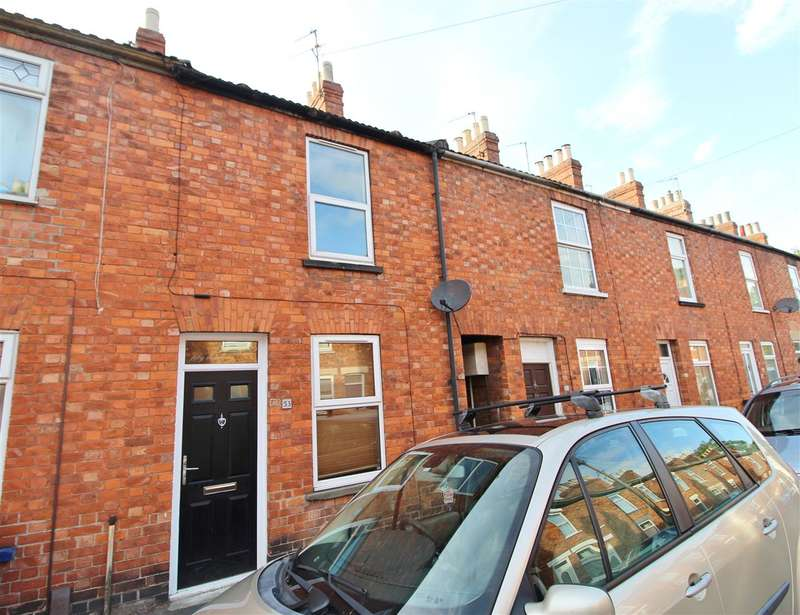 2 Bedrooms Terraced House for sale in Alford Street, Grantham