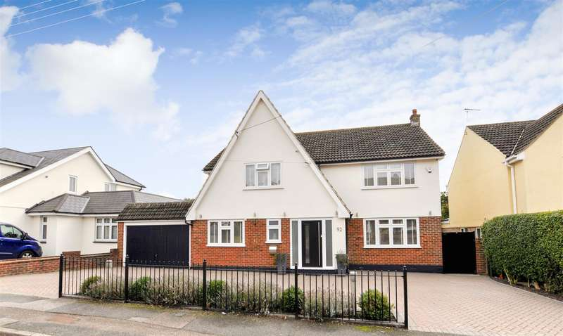 5 Bedrooms Detached House for sale in St. Marys Drive, Benfleet