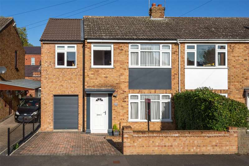 4 Bedrooms End Of Terrace House for sale in Moorland Road, York, North Yorkshire, YO10