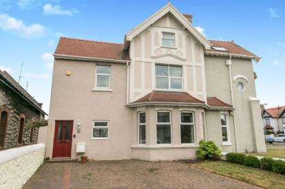 3 Bedrooms Semi Detached House for sale in Lloyd Street, Llandudno, Conwy, North Wales, LL30