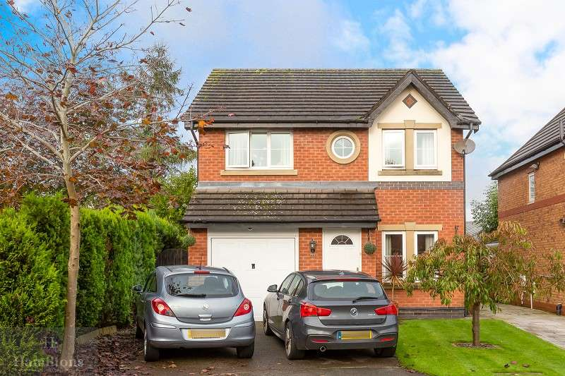 4 Bedrooms Detached House for sale in Clayhill Grove, Lowton, Warrington, Lancashire. WA3 1FZ