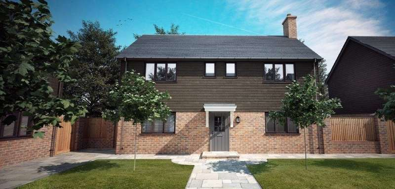 4 Bedrooms Detached House for sale in Courtyard Mews, Holbury, Southampton, Hampshire, SO45