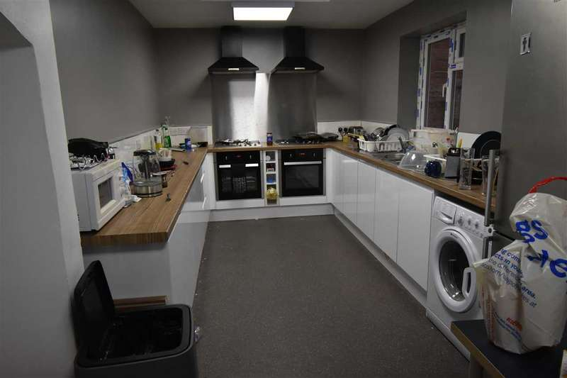 7 Bedrooms Terraced House for rent in Newtown Street, LEICESTER