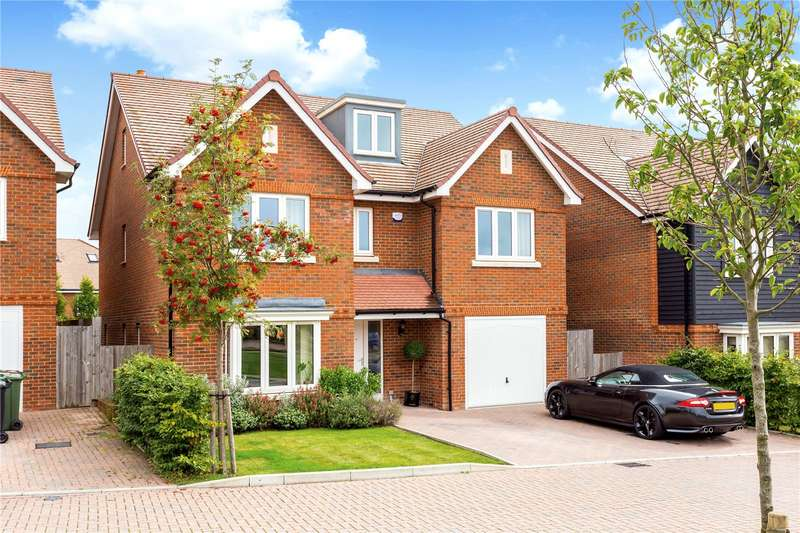 4 Bedrooms Detached House for sale in Dukes Drive, Tunbridge Wells, Kent, TN2