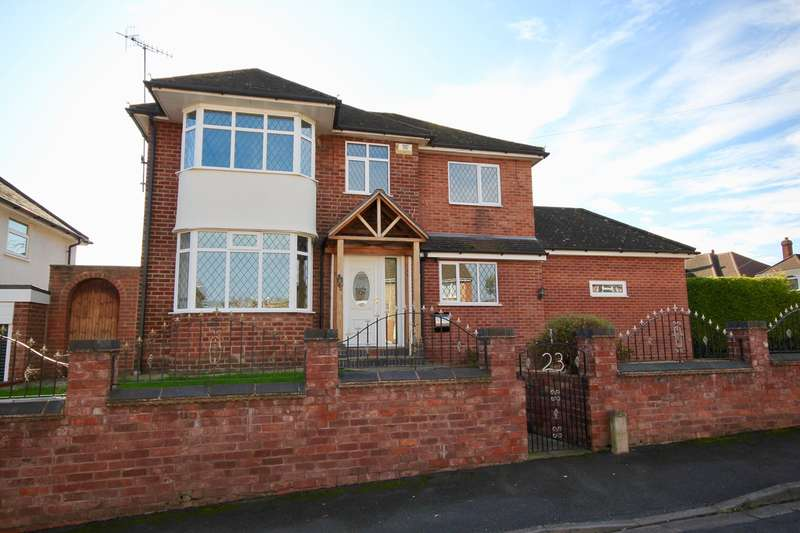 4 Bedrooms Detached House for sale in Georgina Avenue, Worcester, WR2