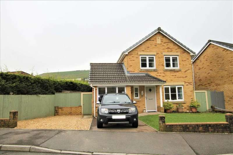 3 Bedrooms Detached House for sale in Heol Dinas Isaf, Tonypandy
