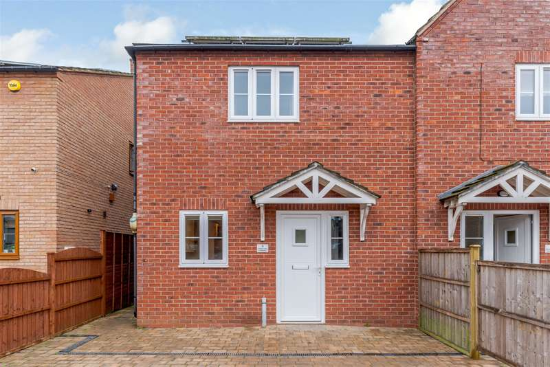 3 Bedrooms Semi Detached House for sale in Spon Lane, Grendon, Atherstone, CV9 2GL