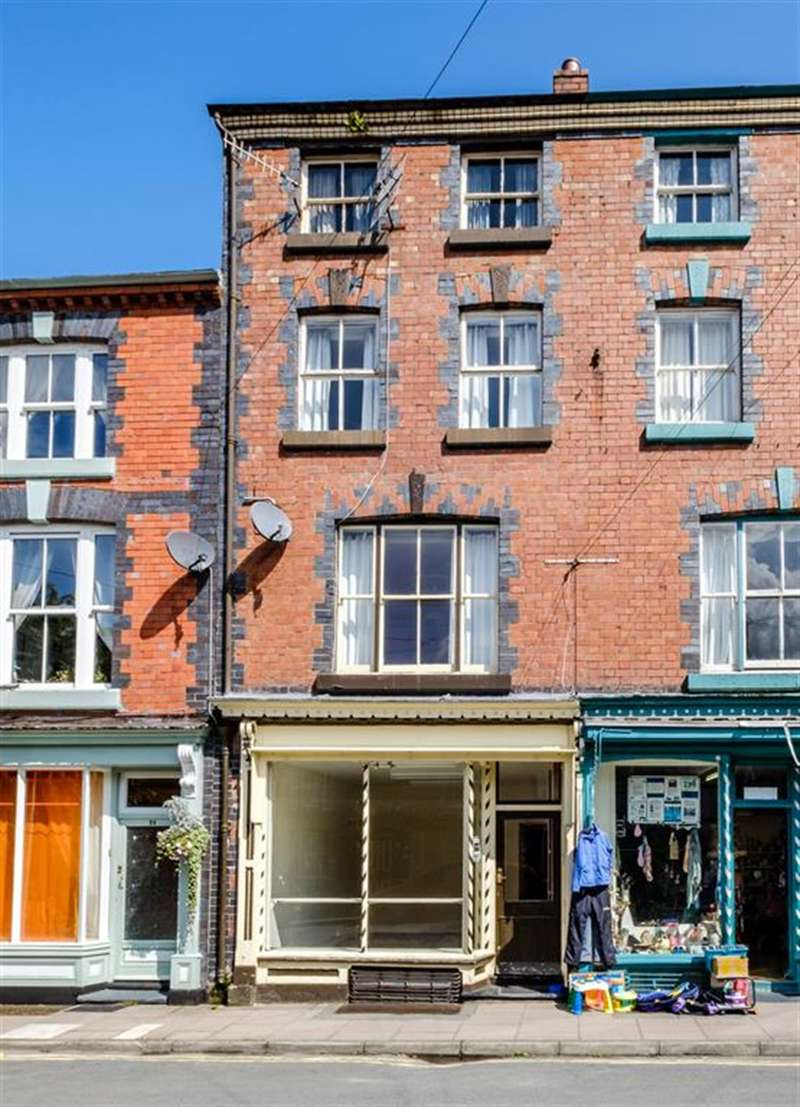 4 Bedrooms Terraced House for sale in 25 Short Bridge Street, Llanidloes, SY18 6AD