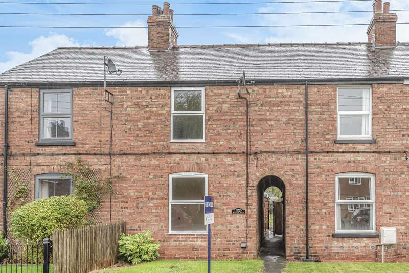 3 Bedrooms Terraced House for sale in Alexandra Road, Woodhall Spa, Lincs, LN10 6RE