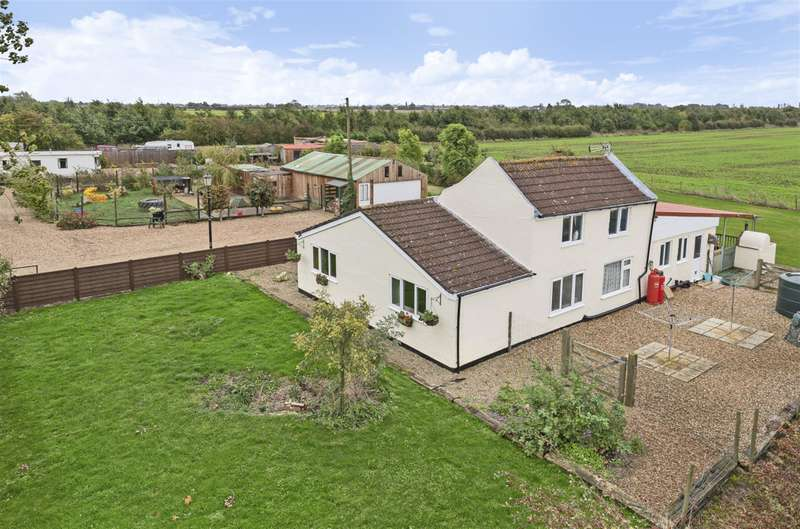 4 Bedrooms Detached House for sale in Steeping Road, Thorpe Fendykes, PE24 4QR
