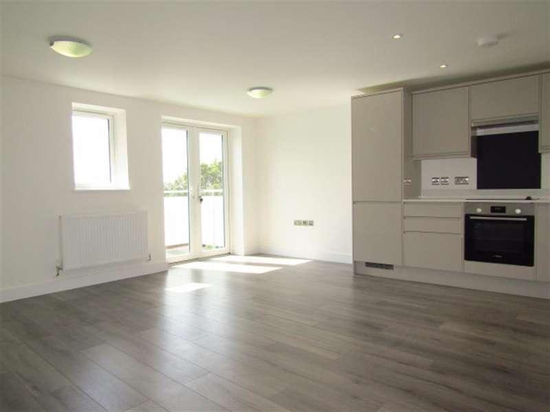 2 Bedrooms Flat for sale in Plot 80, Beechwood Gardens, Slough, SL1 2HR