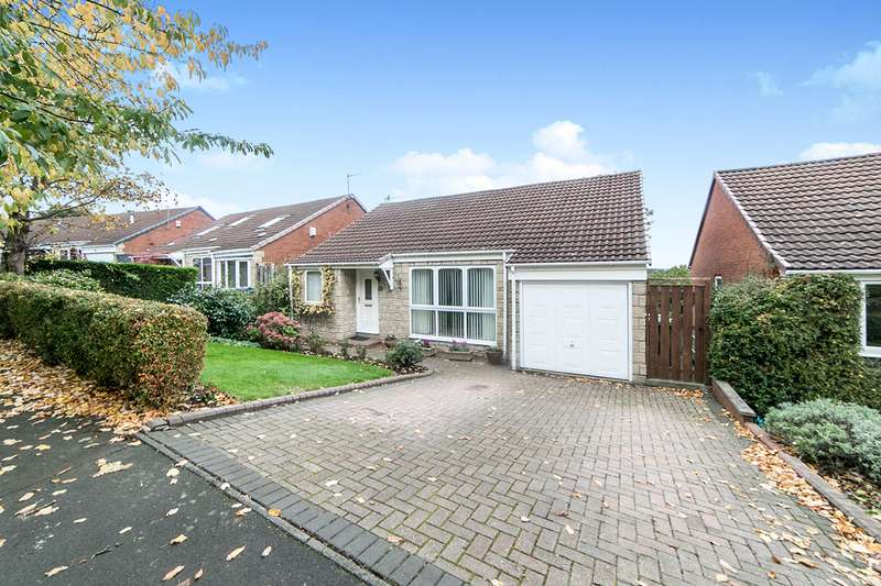 4 Bedrooms Detached House for sale in Parkdale Rise, Whickham, Newcastle upon Tyne, NE16