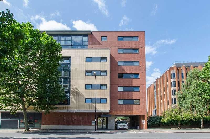2 Bedrooms Flat for sale in Great Dover Street, London Bridge, SE1