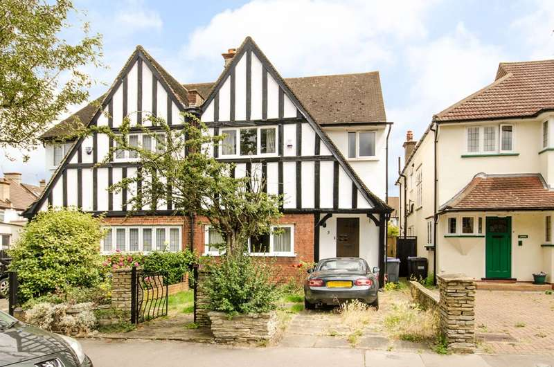 4 Bedrooms House for sale in Sefton Road, Croydon, CR0