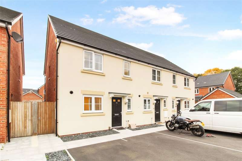 3 Bedrooms End Of Terrace House for sale in Collingwood, Stratton, Swindon, Wiltshire, SN2