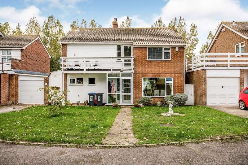 3 Bedrooms Semi Detached House for sale in Sandwich Road, Cliffsend, Ramsgate, CT12