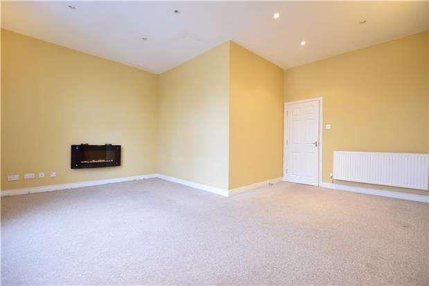 2 Bedrooms Flat for sale in High Street, Keynsham, BRISTOL, BS31 1DQ
