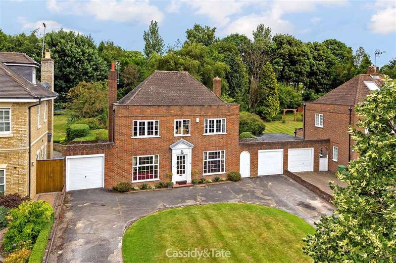 4 Bedrooms Property for sale in The Park, St Albans, Hertfordshire