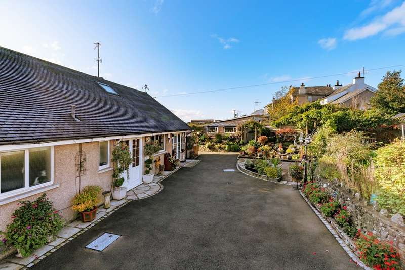 4 Bedrooms Detached Bungalow for sale in Warth View, Endmoor