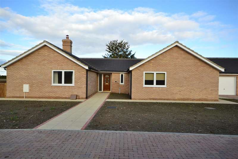 4 Bedrooms Bungalow for rent in Brook Street, Soham