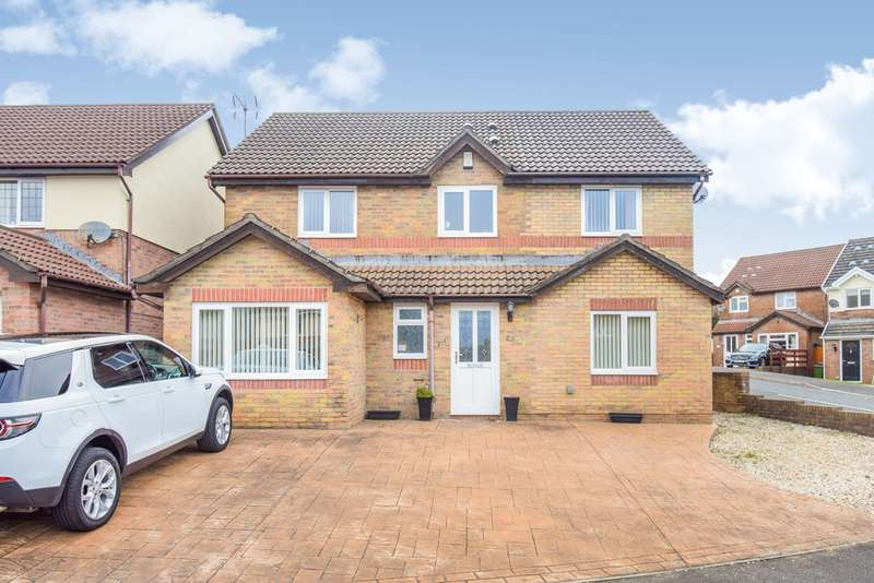 4 Bedrooms Detached House for sale in Brynonnen Court, Henllys, Cwmbran, NP44