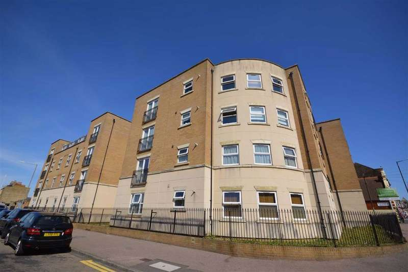 2 Bedrooms Flat for sale in Zion Place, Margate, Kent
