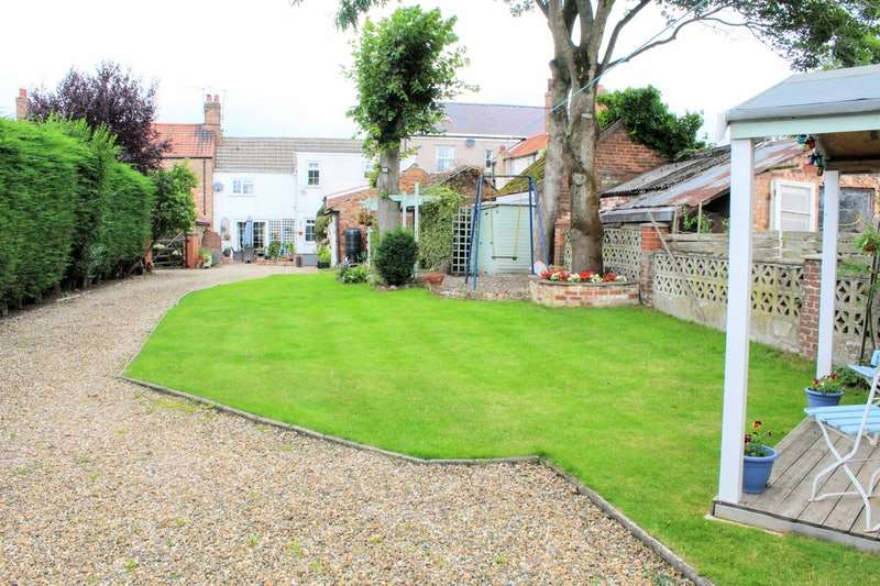 4 Bedrooms Terraced House for sale in Newport Road, Brough, East Yorkshire, HU15