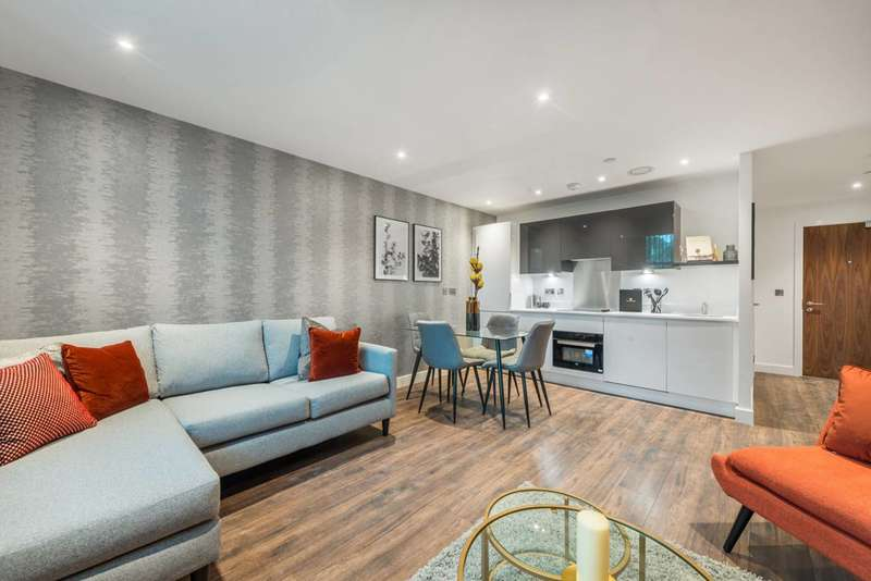 1 Bedroom Flat for sale in Bath Road, Slough, SL1