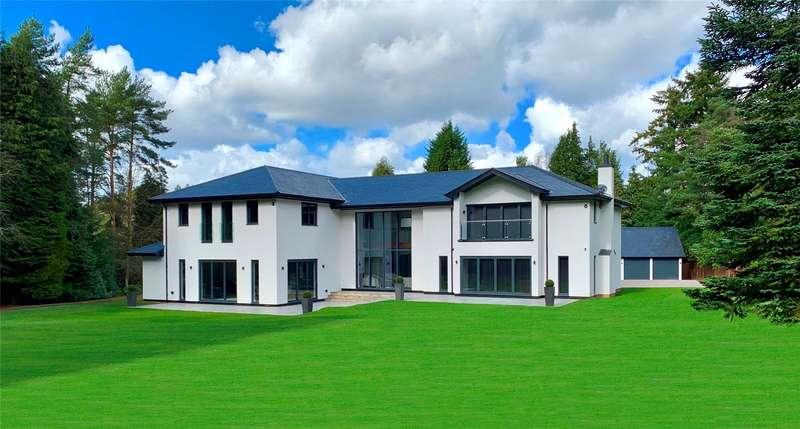 5 Bedrooms Detached House for sale in Wheatsheaf Enclosure, Liphook, Hampshire, GU30