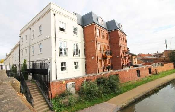 9 Bedrooms Flat for rent in Flat 4, 19 Tachbrook Road, Leamington Spa