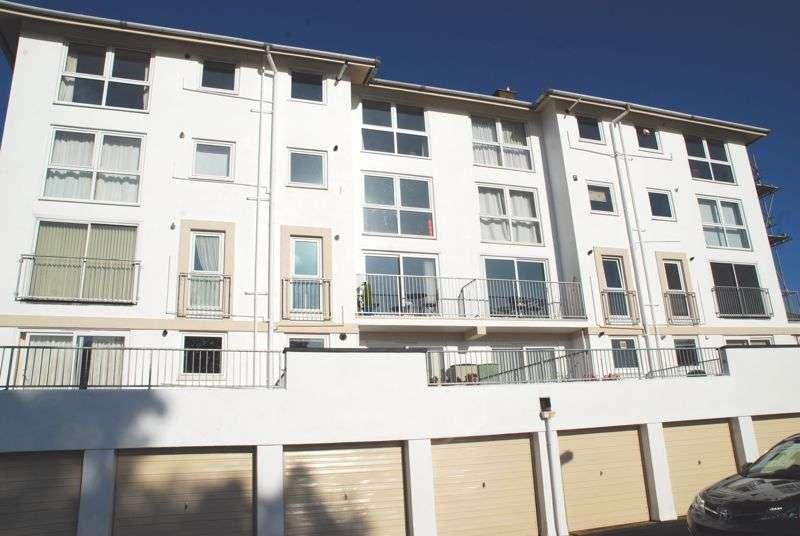 2 Bedrooms Property for sale in Furzehill Road, Torquay