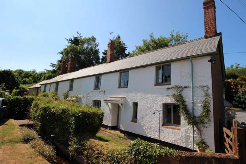 3 Bedrooms Property for sale in Riverside Cottage, Rodhuish, Minehead