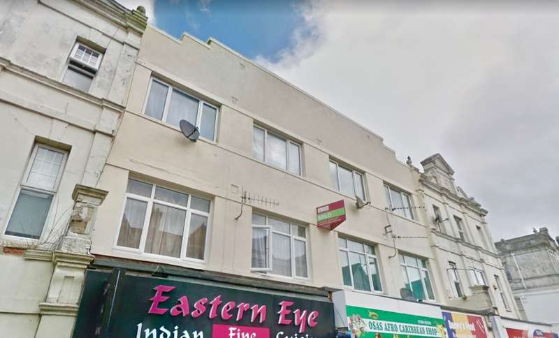 Apartment Flat for sale in Christchurch Road, Bournemouth, Dorset, BH1 4BE