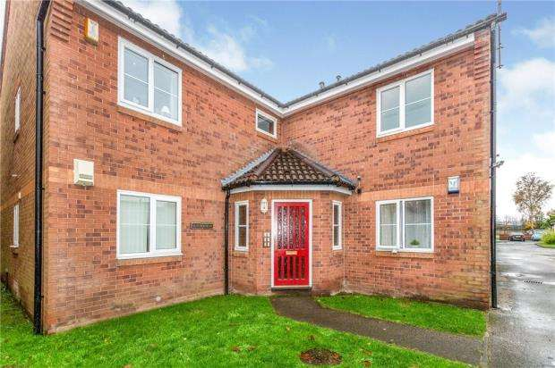 2 Bedrooms Apartment Flat for sale in Riverside Close, Warrington, Cheshire