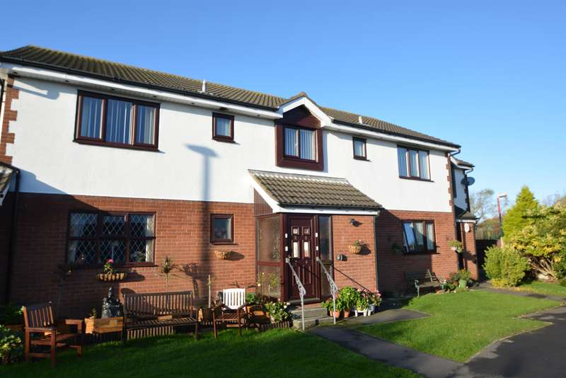 1 Bedroom Flat for sale in Mooreview Court, Blackpool, FY4 5ET