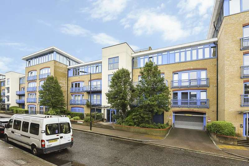 2 Bedrooms Flat for sale in Rotherhithe Street, London SE16